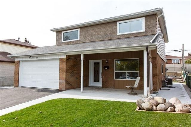 389 Silverstone Dr | West Humber-Clairville | Toronto | M9V3K3 | MLS W4227581