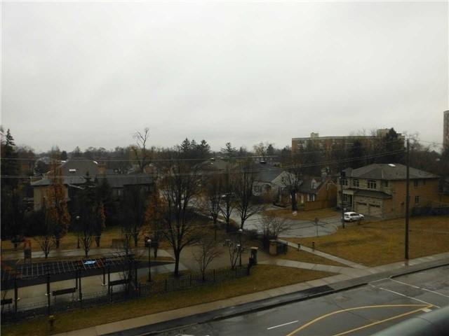 18 Pemberton Ave | Newtonbrook East | Toronto | M2M1Y1 | MLS C3802601