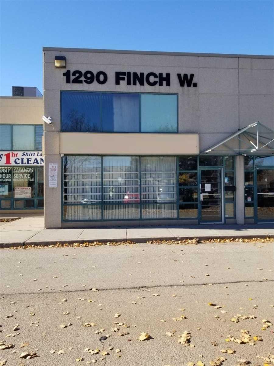 1290 Finch Ave W