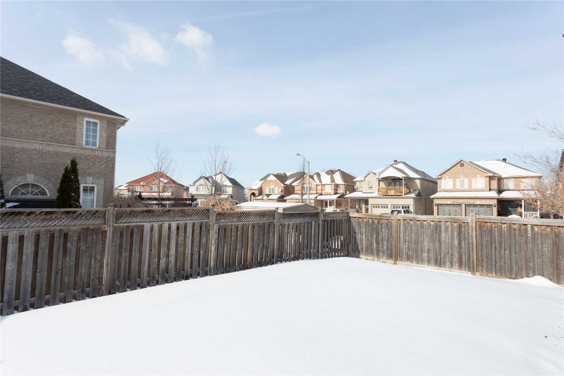39 Avalanche Cres