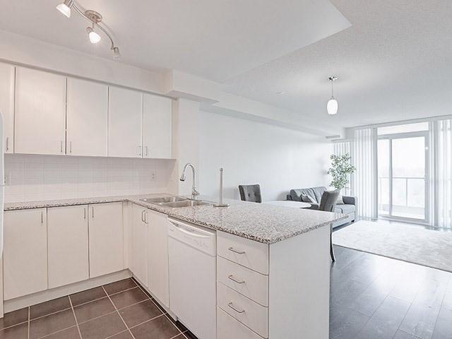 525 Wilson Ave   Clanton Park   Toronto   M3H1V1   MLS C4216021