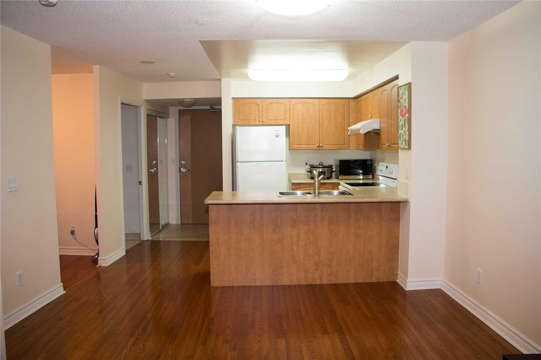 503 Beecroft Rd