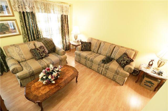 550 Steddick Crt | Hurontario | Mississauga | L5R3S8 | MLS W3832128