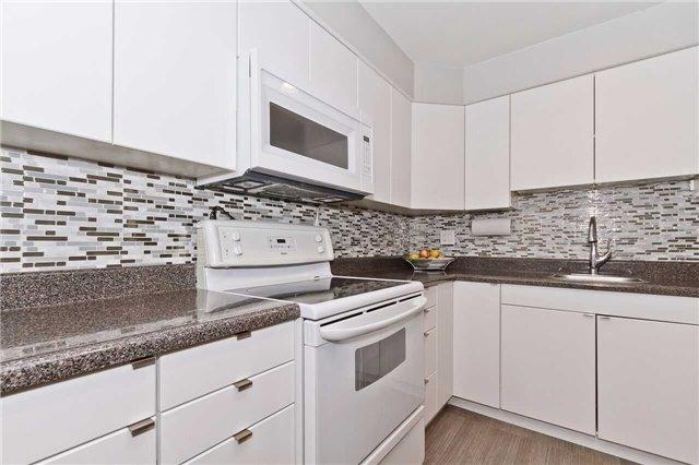 3055 Tomken Rd | Applewood | Mississauga | L4Y3X9 | MLS W3833159
