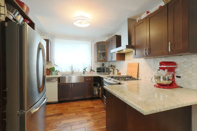 34 South Edgely Ave   Birchcliffe-Cliffside   Toronto   M1N3K8   MLS E4004962