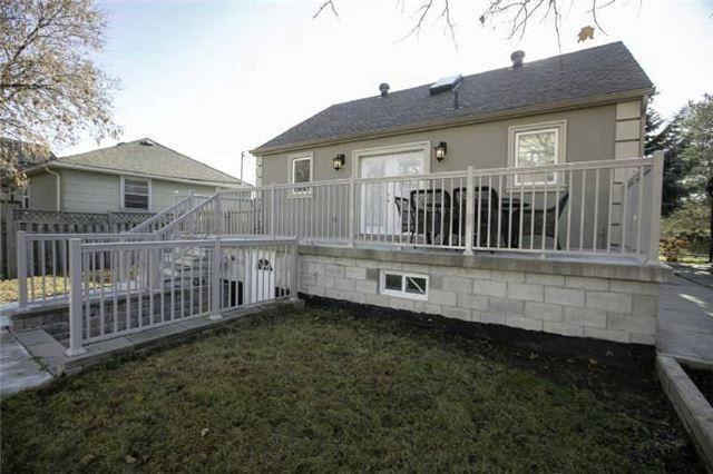 28 Lake Ave | Oak Ridges | Richmond Hill | L4E3G3 | MLS N4211045