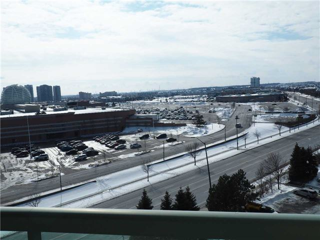 2545 Erin Centre Blvd | Central Erin Mills | Mississauga | L5M6Z9 | MLS W4037627