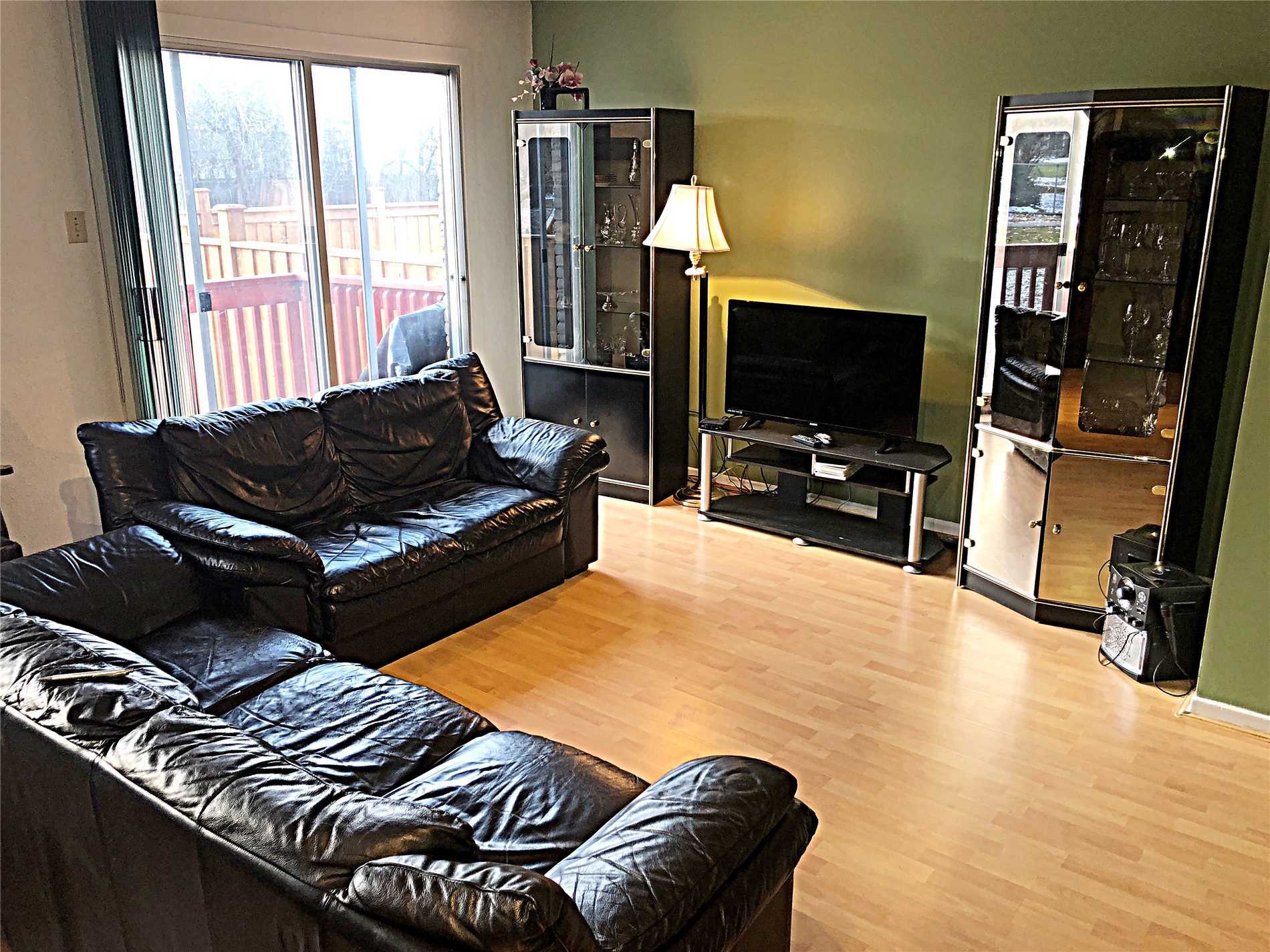 44 Red River Cres