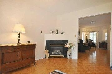 38 Colonial Cres | Oak Ridges Lake Wilcox | Richmond Hill | L4E3W1 | MLS N3993514