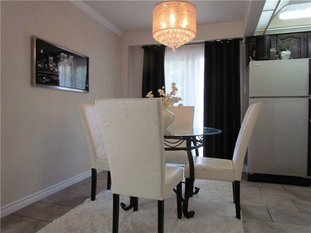 2628 Widemarr Rd | Clarkson | Mississauga | L5J1M3 | MLS W4003522